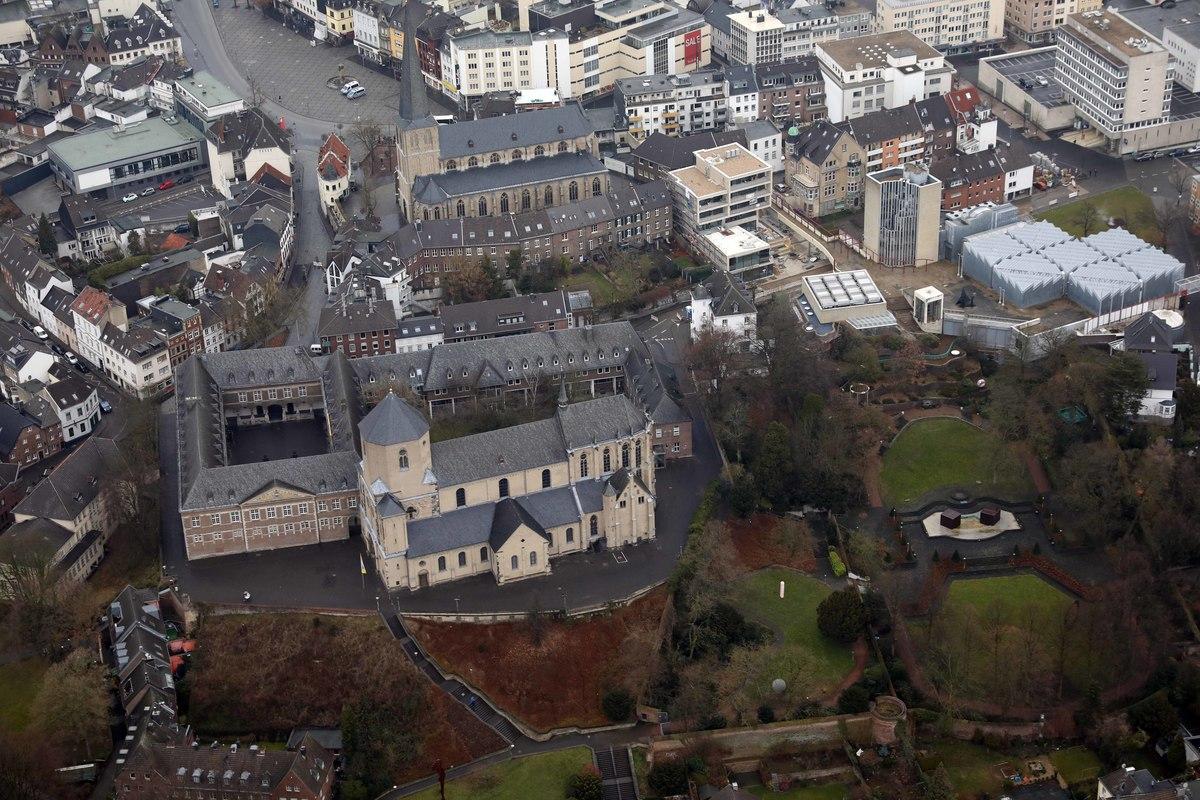 Presse: Sonntag: Offene Denkmäler rund um den Abteiberg