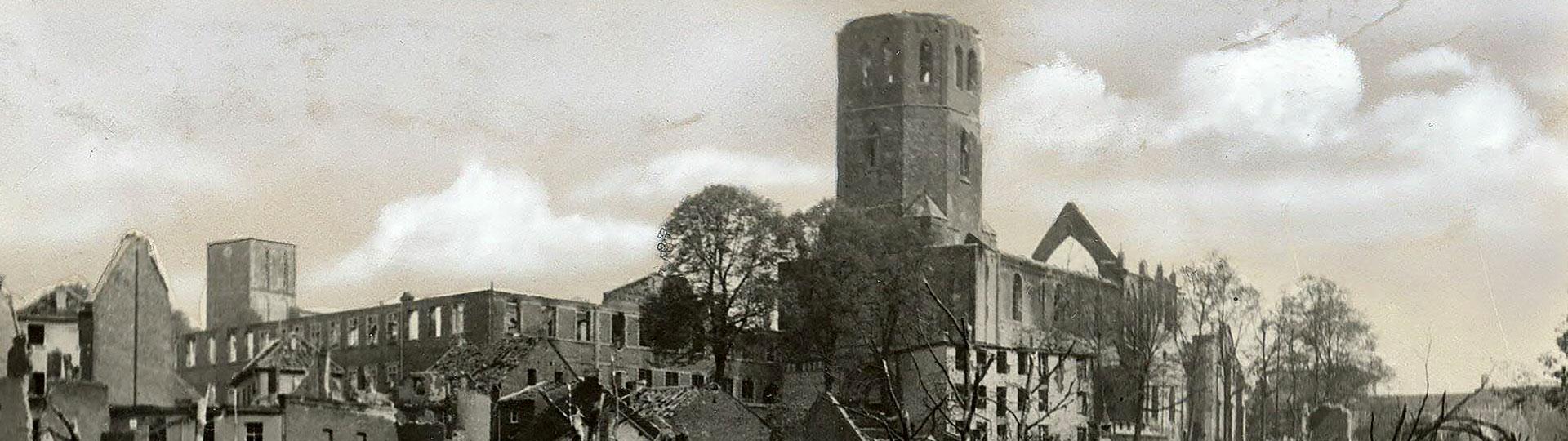 Foto Münster St. Vitus nach Bombenangriff