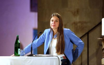 Presse: Christiane Florin spricht über die Probleme der Kirche